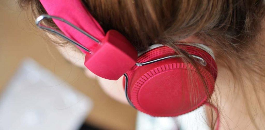 Le casque audio et les adolescents
